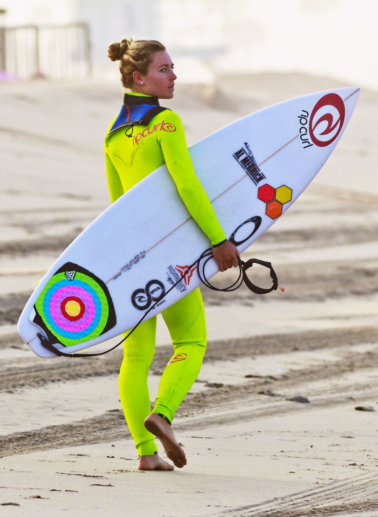 e645c5a2620f0c Nikki Van Dijk…can i just have your wetsuit please!! this my be my all time  favorite!