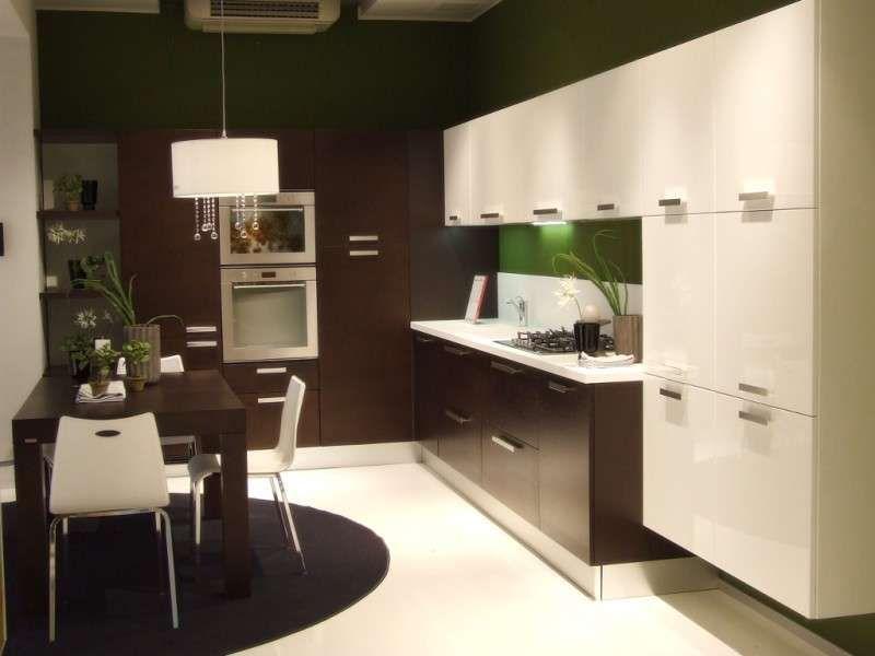 Cucina e soggiorno open space - Arredo e pavimento continuo