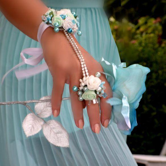 Svatební+náramek+s+prstýnkem+Veronia+Skvělý+trendy+květinový+doplněk +pro+nevěsty+nebo+družičky. 3ef0252ba0