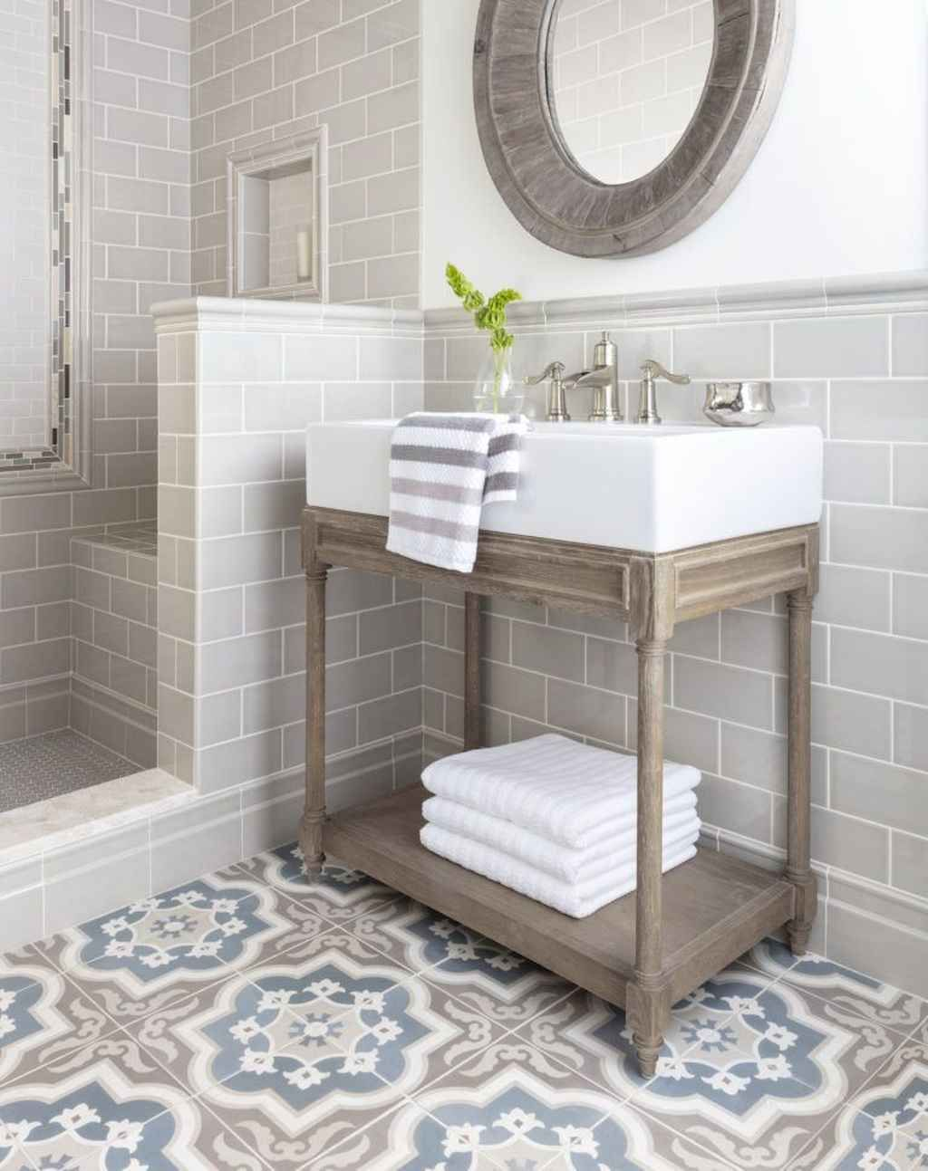 60 Farmhouse Master Bathroom Remodel Ideas - Gladecor.com