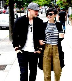 Ginnifer Goodwin and Josh Dallas walk with linked arms in Vancouver on Sunday, August 18th.