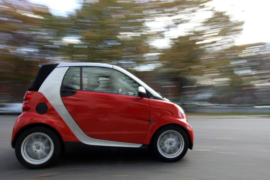 Small Car Smart For Two Coupe This Tiny Egg Shaped Seater