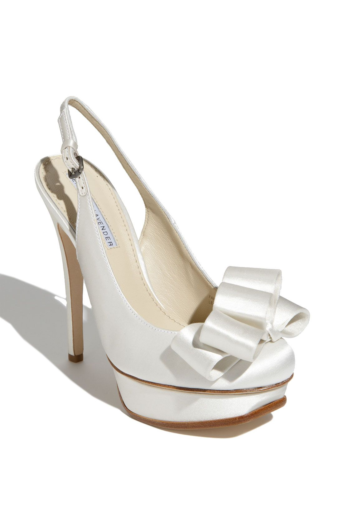 Collection Vera Wang Wedding Shoes Pictures - Weddings Pro