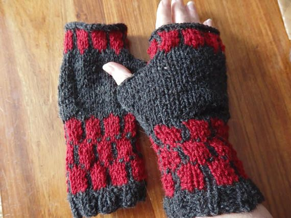 Darkberry handknit fairisle mitts in cosy Shetland wool for