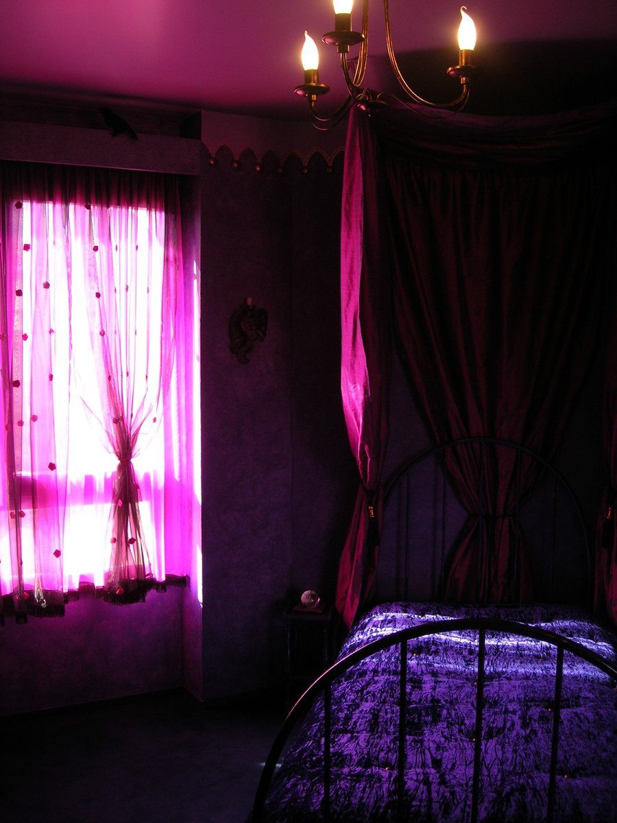 purple gothic bedroom Google Search Schlafzimmer
