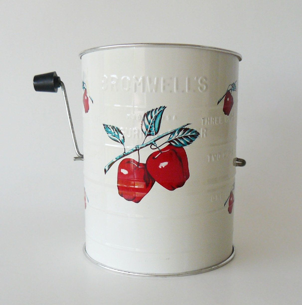 Retro 1950's Bromwell's 3 Cup Flour Sifter with Ruby Red Apples ~ from Etsy