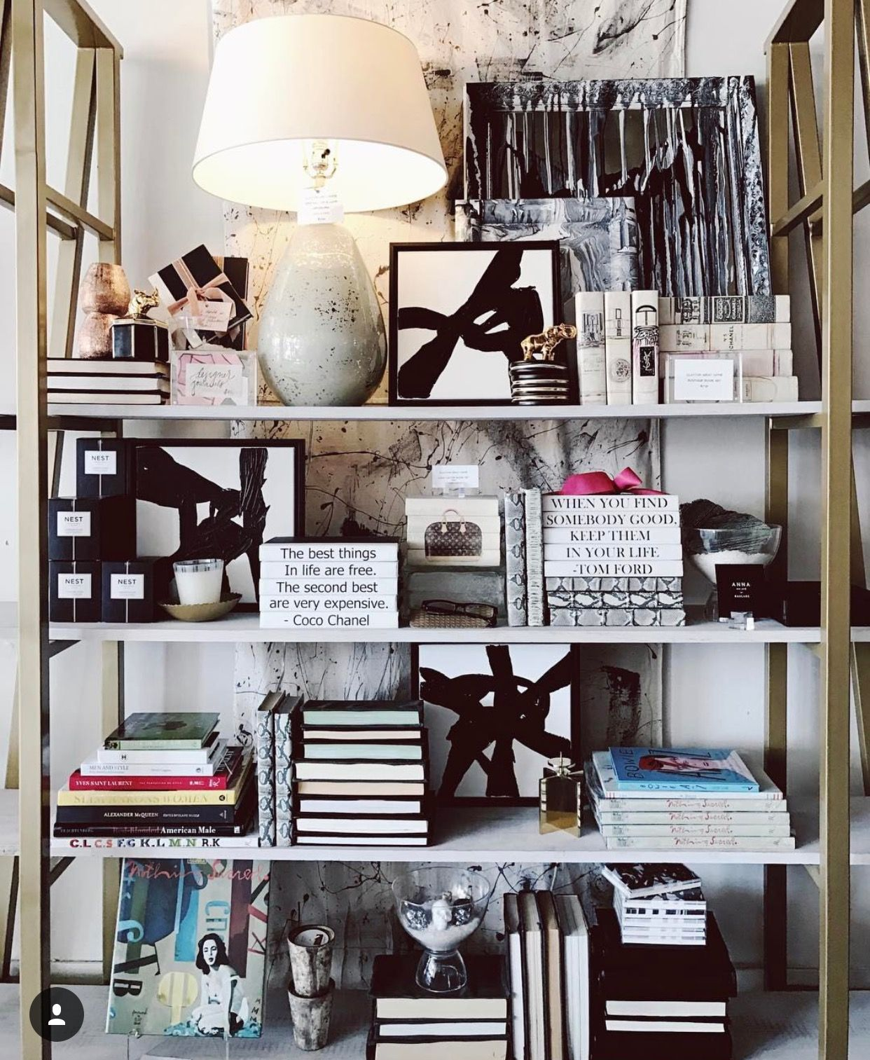 Apartment Therapy Kitchen Shelves: Pin By Nawal On Shelves Design
