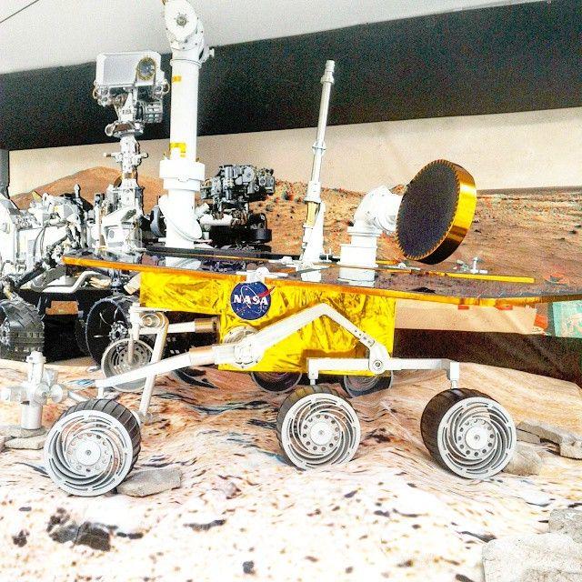 #curiosity #marsrover #NASA #wsf2015 #washingtonsquarepark #NYC #sundayfunday - http://washingtonsquareparkerz.com/curiosity-marsrover-nasa-wsf2015-washingtonsquarepark-nyc-sundayfunday/