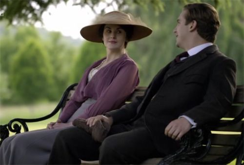 Matthew and Mary flirting as usual on Downton Abbey Season 1 Episode 6