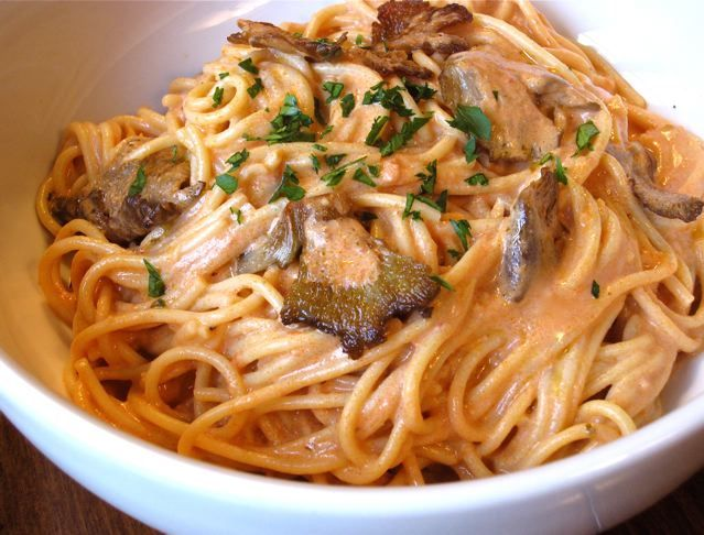 Oyster Mushroom Pasta In Pink Sauce With Images Mushroom Recipes Pasta Oyster Mushroom Recipe Mushroom Pasta