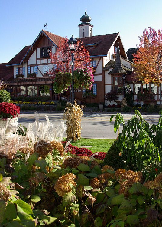 Frankenmuth Village Frankenmuth Michigan L Want To Go See This Place One Day Please Check Out My Website T Frankenmuth Frankenmuth Michigan Beautiful Places