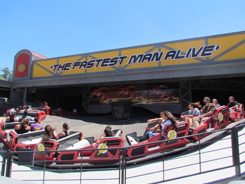 35 Pictures From Six Flags Magic Mountain Six Flags Pictures Flag