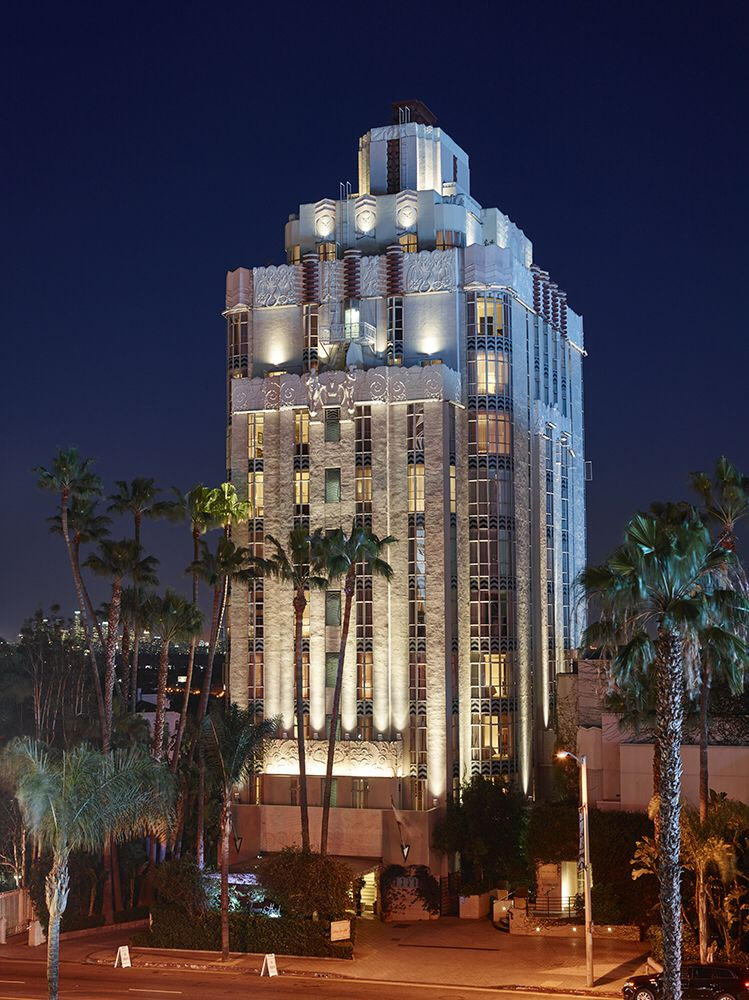 Hotel Facade Lighting Sunset Tower Hotel On Sunset Strip In West Hollywood Ca Hotel Facade Art Deco Hotel Los Angeles Hotels