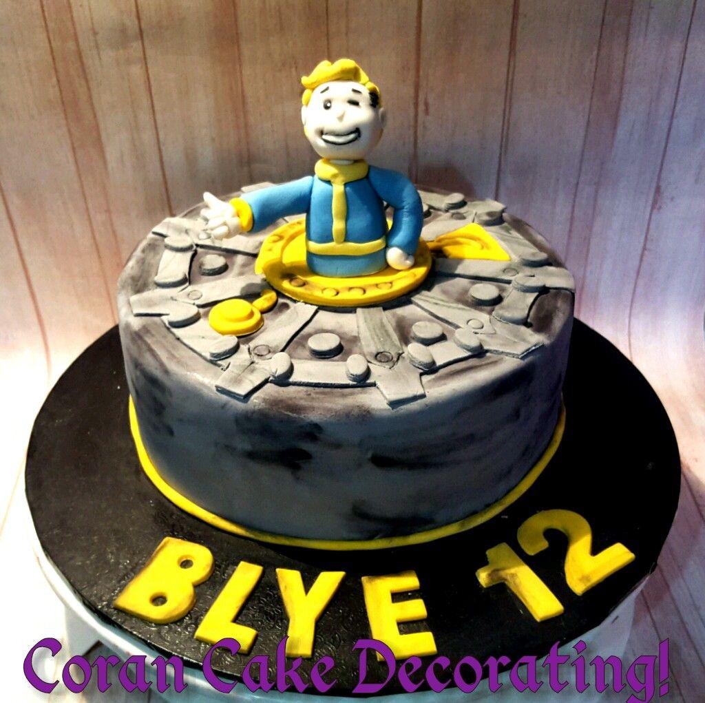 Fallout 4 Vault Boy Cake Cake Cake Designs Cakes For Boys