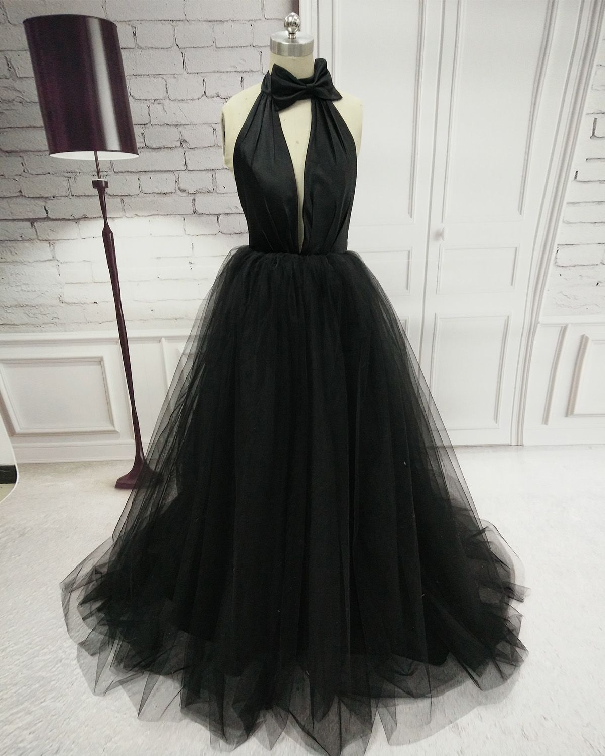 Black tulle party dress with halter neckline sexy formal gowns