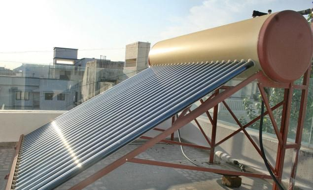 The Most Important Advantage Is The Green Advantage A General 4 Person Family Can Save Anything North Of 3 Tones Of Greenhouse Solar Water Heater Solar Geyser Solar