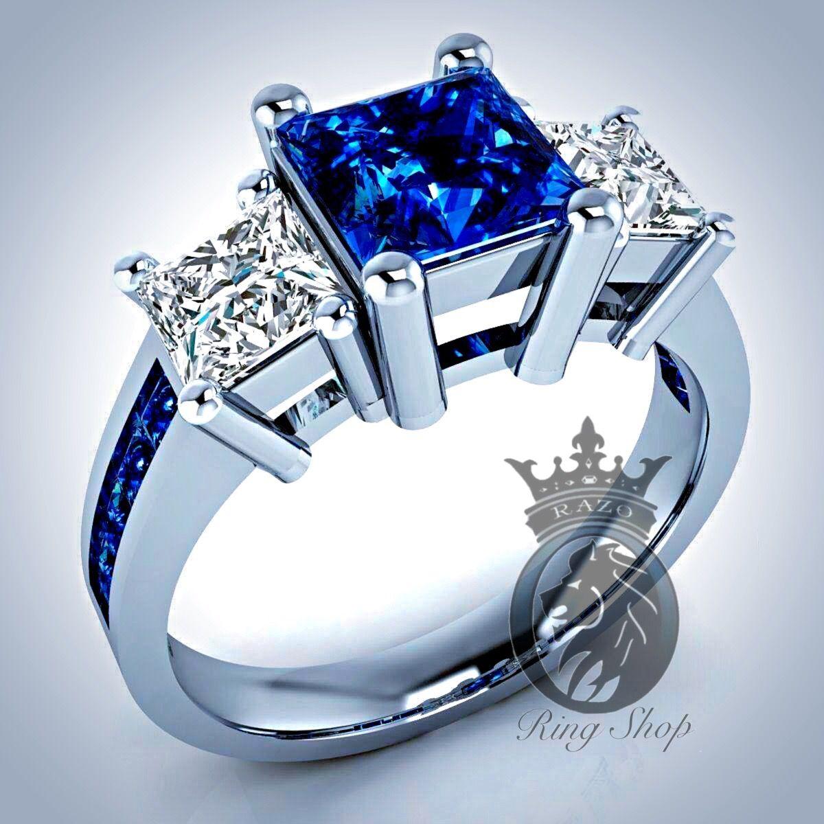 Stone: Tardis Blue Swarovski Stones And White Swarovski Diamonds ***but  Withemerald Hi