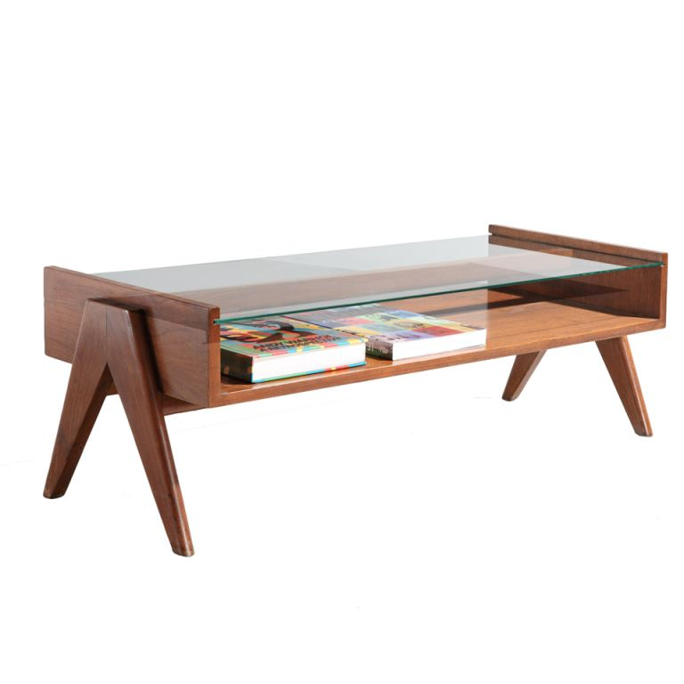 1stdibs Coffee Table 1952 56 By Pierre Jeanneret Explore Items From 1 700 Global Dealers At 1stdibs Com 모던 가구 가구 하드우드