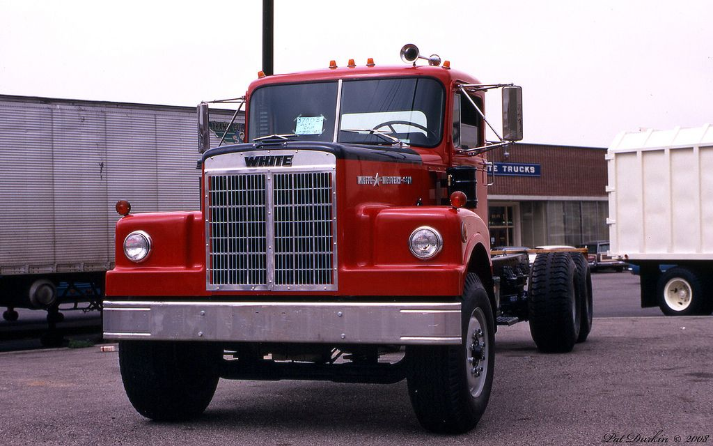 1970 White Western Star 4864 Construction Chassis Red Fvl 2