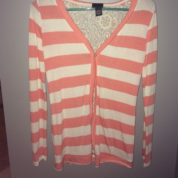 Rue 21 long sleeve cardigan Rue 21 Long sleeve cardigan. Peach color, Lace in the back. Brand new, never worn. Smoke free home. Rue 21 Sweaters Cardigans