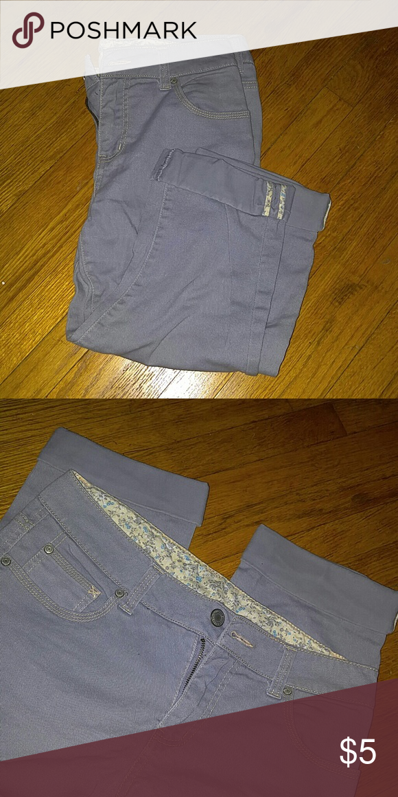 Grey capris Faded Glory grey jean capris. Size 8. Good condition. Jeans Ankle & Cropped