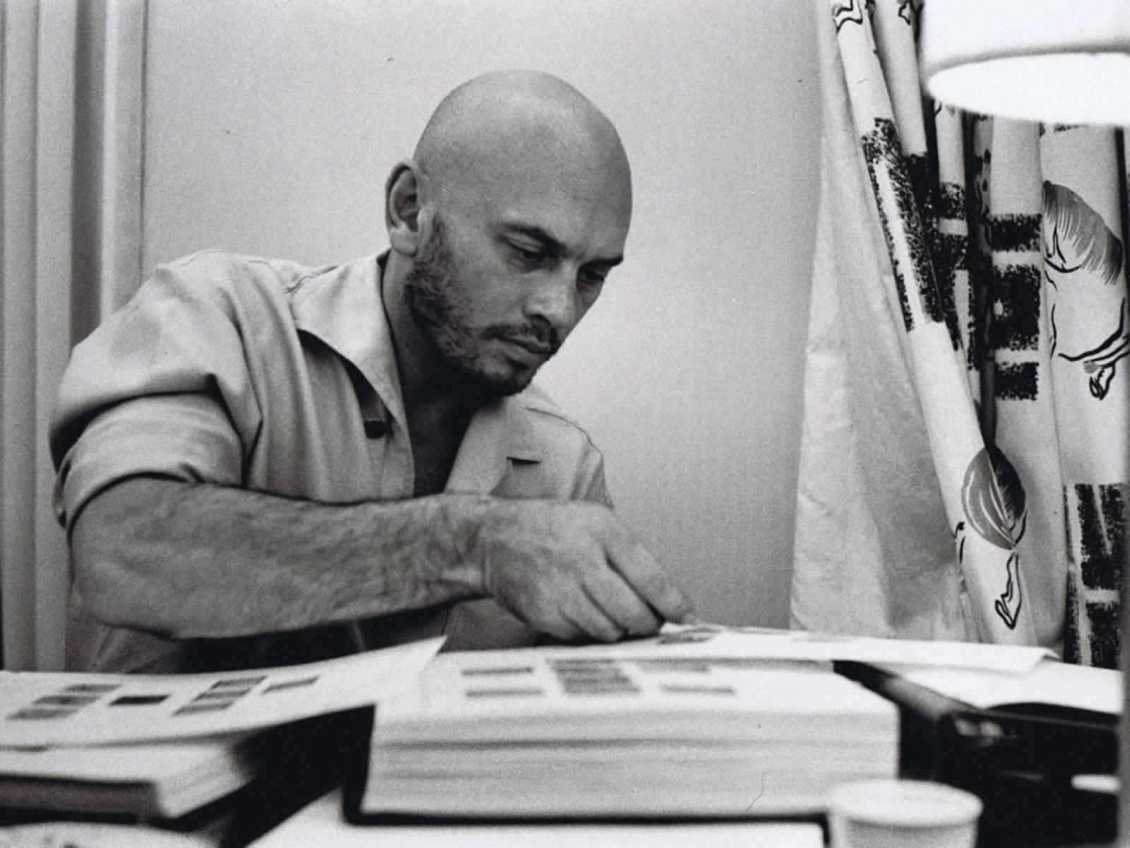 I ve never been big on bald men but Yul Brynner definitely knew how