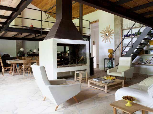 In provenza da magazzino a casa di campagna home decor for Progetti di case in stile loft