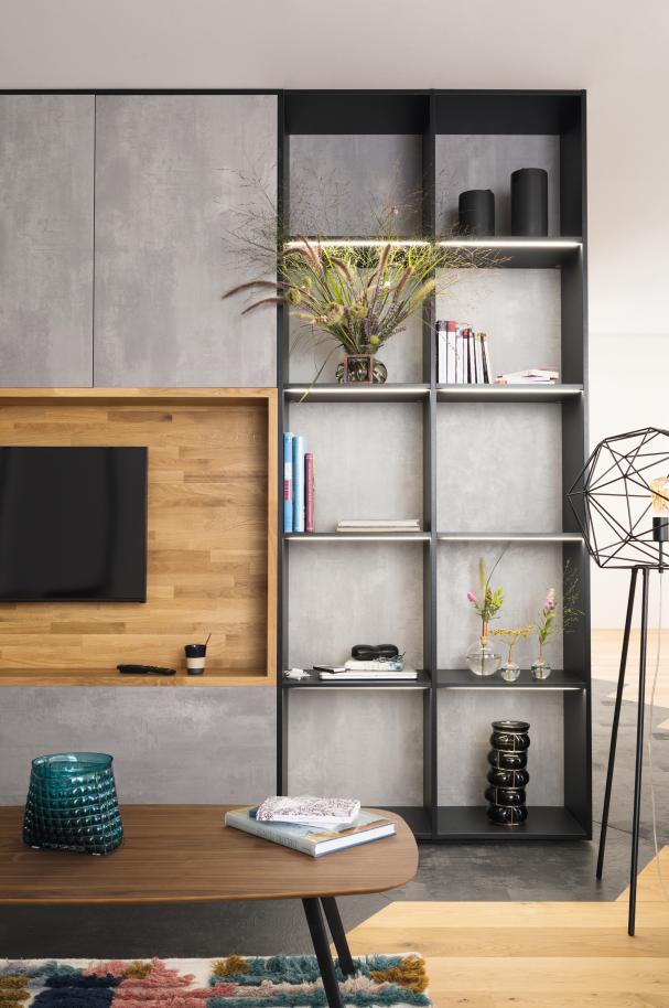 Un Meuble Tele Realise Sur Mesure En Bois Et Facades Effet Beton Des Niches Decoratives Habillent Le Mur D Decoration Interieure Design De Mur Cuisines Design