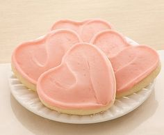 World Famous Paradise Bakery Sugar Cookies with Magnolia Bakery Buttercream Frosting (recipe)