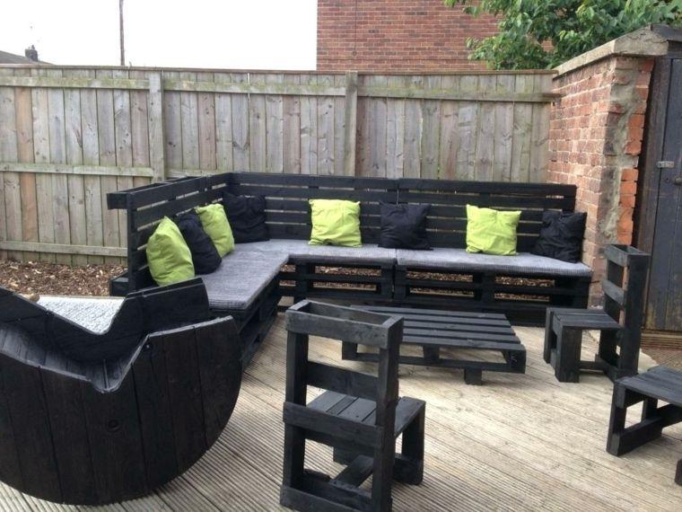 Divano Nero Cuscini : Outdoor arredamento con bancali divano sedie tavolini verniciati