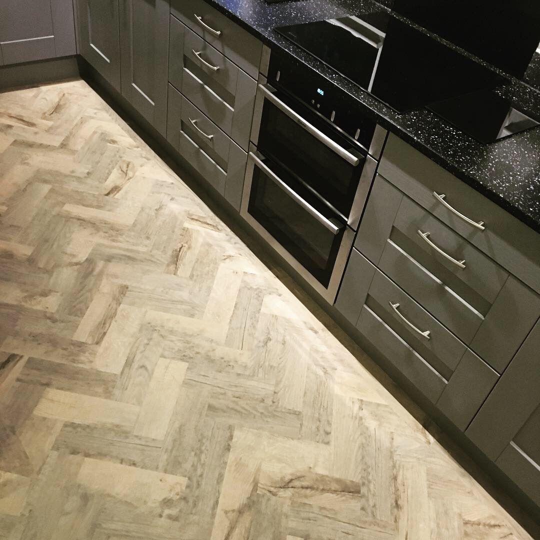Karndean knight tile Kitchen, Kitchen Karndean