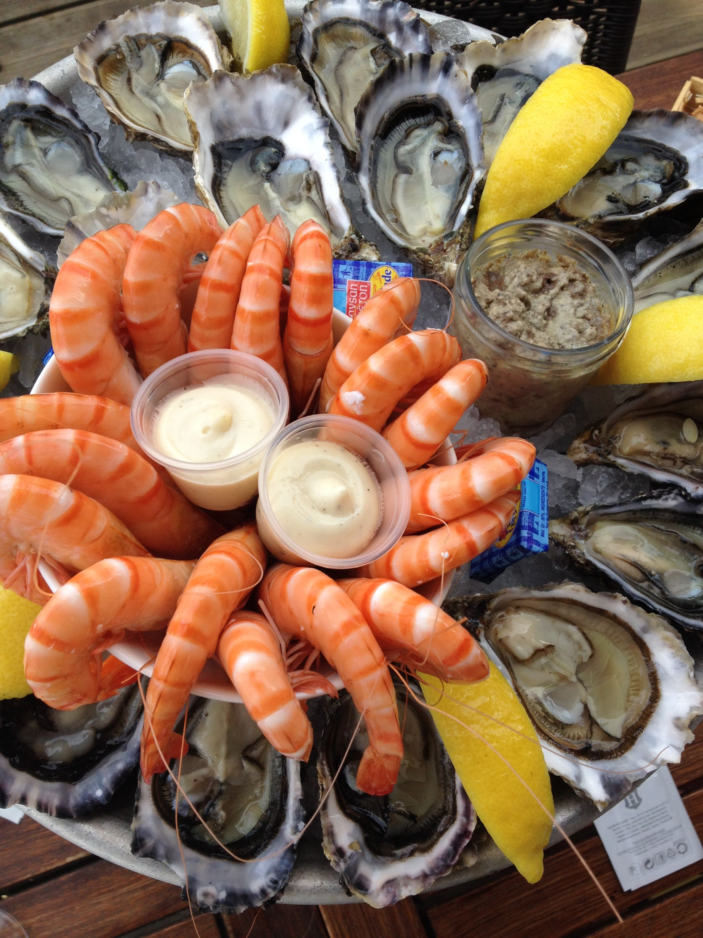 oysters and shrimps