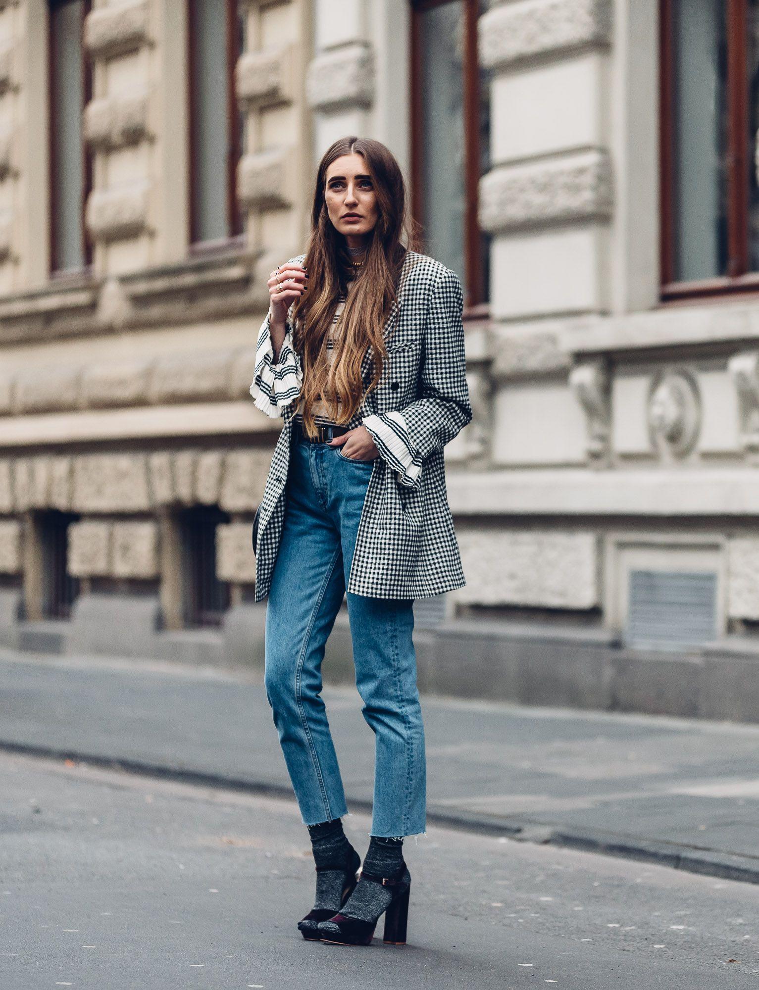 Wearing Buffalo Velvet High Heels & Glitter Socks, Vintage Blazer and High Waisted Denim | INSTA @thelfashion