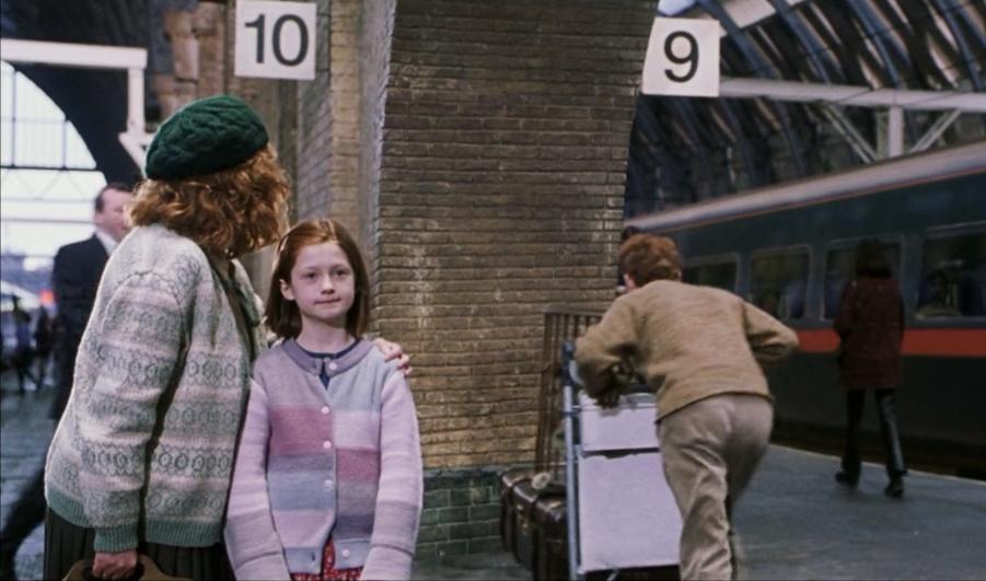 King S Cross Station Harry Potter Films Harry Potter Wiki Harry Potter Blog