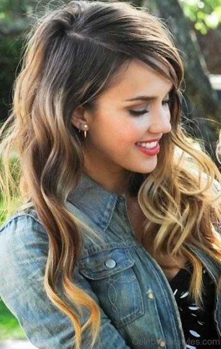 Blonde Wavy Hair Of Jessica Alba Hair Styles Jessica Alba Hair