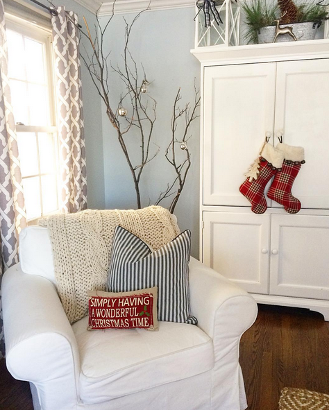 Reader's house with Christmas cottage charm | Creatively Christmas ...