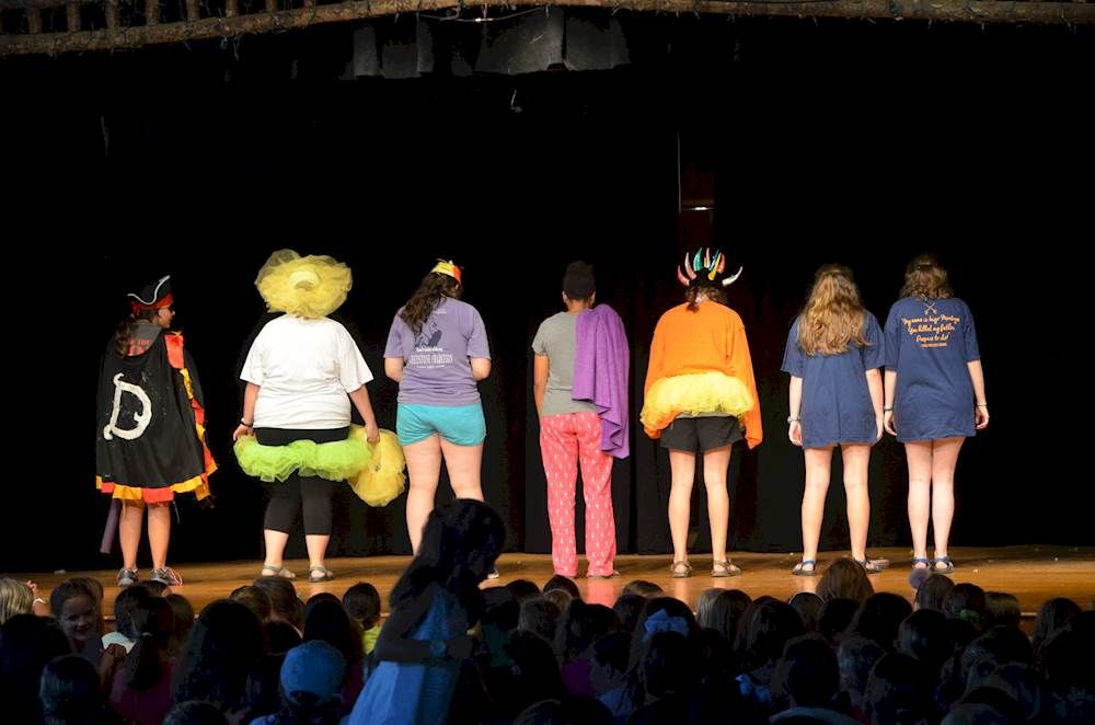 6 Reasons Why Being A Camp Counselor Is The Best Job On
