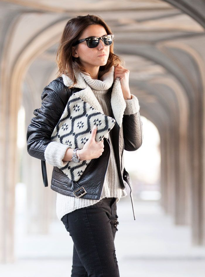 How to wear black and white