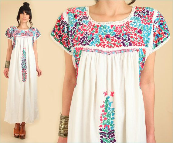 ViNtAgE 60's 70's Floral Oaxacan Mexican Embroidered Maxi Dress ...