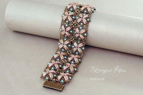 Crescent Beads Bracelet Tutorial  Stargazer door SidoniasBeads