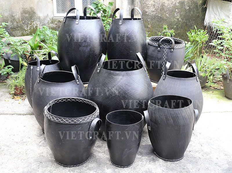 Recycled tyre planter recycled rubber baskets for Using tyres as planters