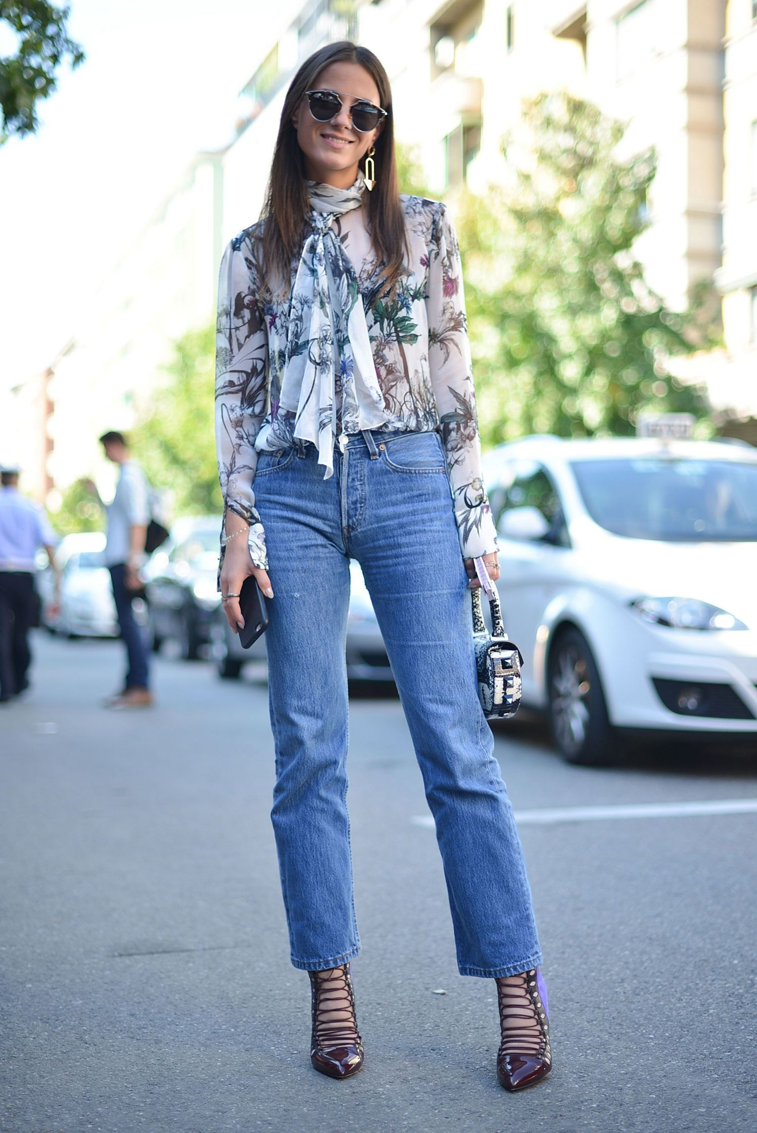 a3cea8bcb1a5 15 Cool New Ways to Wear Your Favorite  Jeans  fashion  style  denim  chic   fashionmagenet