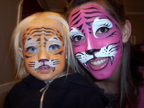 20+ Cool and Scary Halloween Face Painting Ideas - 9 - Pelfind - halloween face paint ideas scary