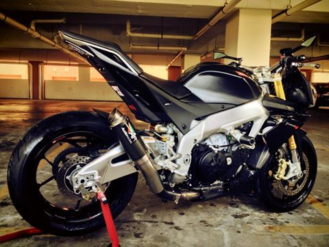 Aprilia Tuono V4 Austin Racing GP2 carbon | Motorcycles