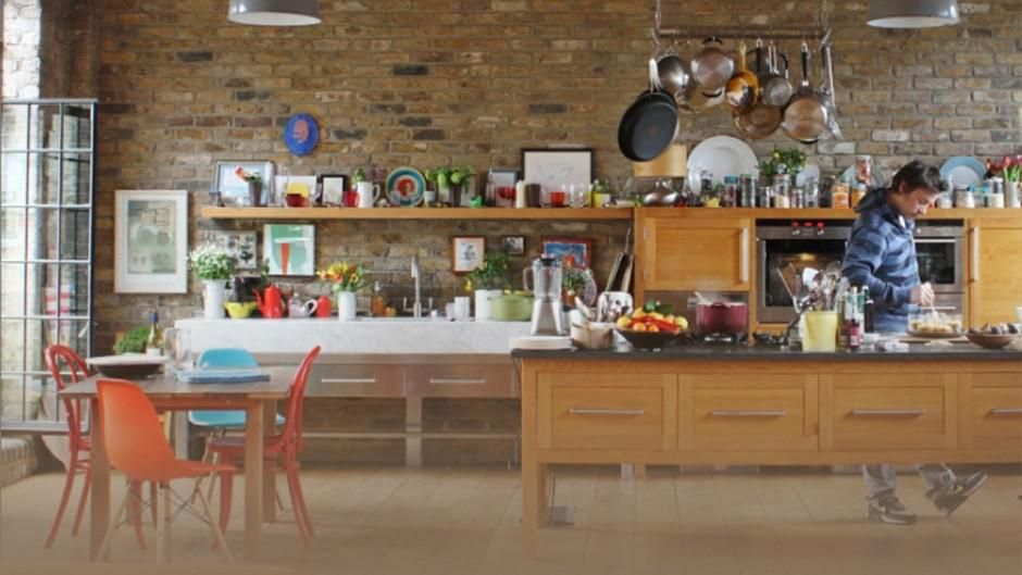 Jamie On Getting Sorted In The Kitchen Is An Episode In Specials Of Jamie S 30 Minute Meals Kitchen Interior Kitchen Decor Home Kitchens