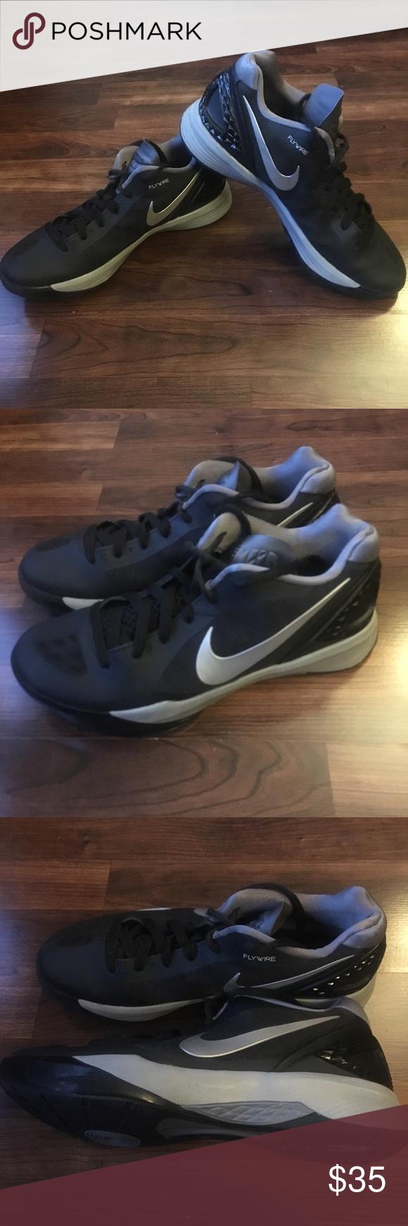 Nike Flywire Volleyball Court Schuhe Fur Damen Diese Nike Volleyballschuhe Waren Fashionaccessories Fashio In 2020 Nike Volleyball Shoes Court Shoes Volleyball Shoes