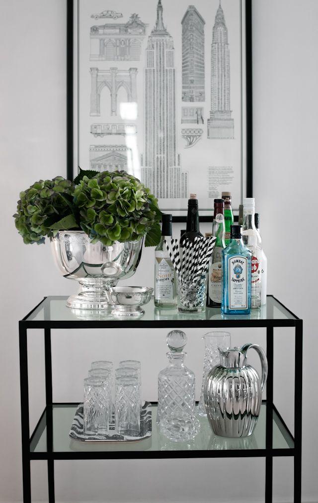 pin von lindsey donahue auf decor pinterest haus bar und hausbar. Black Bedroom Furniture Sets. Home Design Ideas