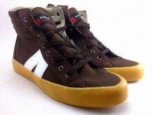 Black Out 12 Kanvas Shoes Sepatu Kanvas