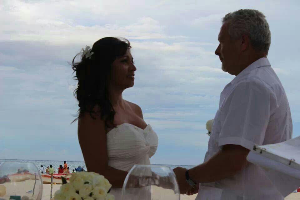 Mas que una boda, la unión de 2 familias!  www.OlgaRodriguezBanquetes.com