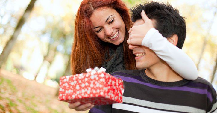 7 Gifts That Will Delight Your Husband at Christmas This Year   Valentine  gifts for boys, Birthday gifts for boyfriend, Diy gifts for boyfriend